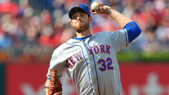 PHILADELPHIA, PA - AUGUST 31: Pitcher Steven Matz #32 of the New York Mets delivers a pitch against the Philadelphia Phillies during the first inning of a game at Citizens Bank Park on August 31, 2019 in Philadelphia, Pennsylvania.
