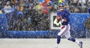 EAST RUTHERFORD, NEW JERSEY - DECEMBER 01: Daniel Jones #8 of the New York Giants in action against the Green Bay Packers during their game at MetLife Stadium on December 01, 2019 in East Rutherford, New Jersey.