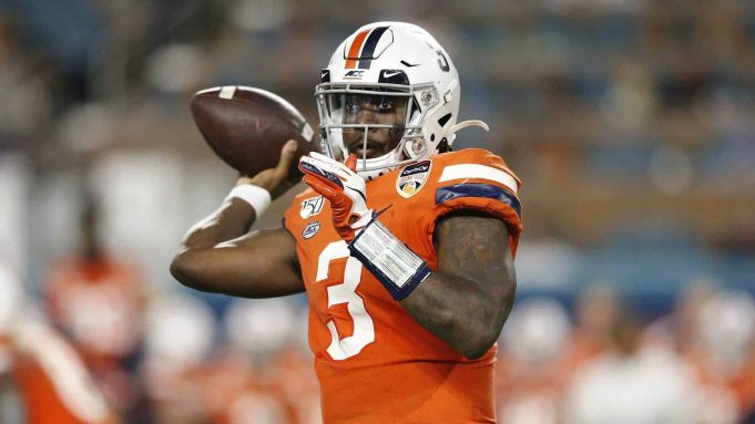 MIAMI, FLORIDA - DECEMBER 30: Bryce Perkins #3 of the Virginia Cavaliers throws a pass against the Florida Gators during the first half of the Capital One Orange Bowl at Hard Rock Stadium on December 30, 2019 in Miami, Florida. New York Jets