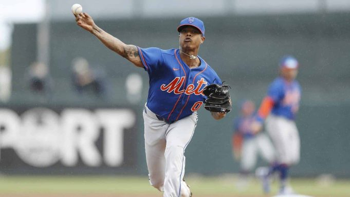 JUPITER, FLORIDA - FEBRUARY 22: Marcus Stroman #0 of the New York Mets warms up in the second inning of a Grapefruit League spring training game at Roger Dean Stadium on February 22, 2020 in Jupiter, Florida.