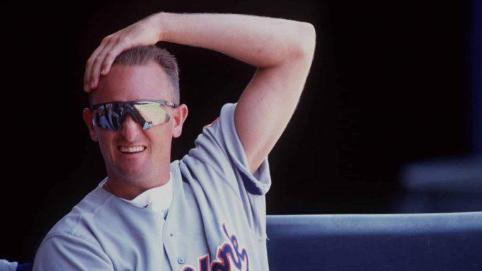 21 JUL 1993: A CANDID PORTRAIT OF NEW YORK MET''S PITCHER BRET SABERHAGEN IN THE DUGOUT AT JACK MURPHY STADIUM.
