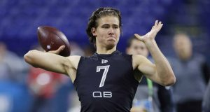 INDIANAPOLIS, IN - FEBRUARY 27: Quarterback Justin Herbert of Oregon throws a pass during the NFL Scouting Combine at Lucas Oil Stadium on February 27, 2020 in Indianapolis, Indiana.