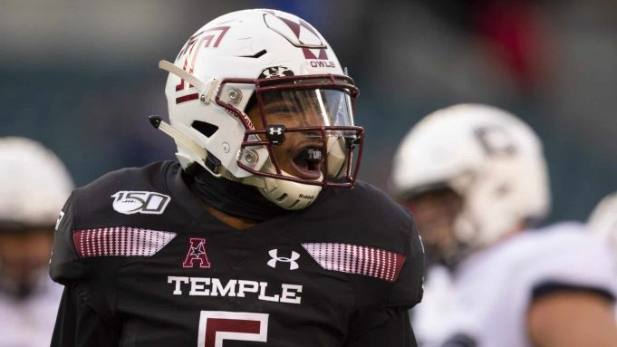 PHILADELPHIA, PA - NOVEMBER 30: Shaun Bradley #5 of the Temple Owls reacts against the Connecticut Huskies in the first quarter at Lincoln Financial Field on November 30, 2019 in Philadelphia, Pennsylvania.