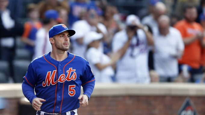 NEW YORK, NY - SEPTEMBER 30: David Wright #5 of the New York Mets runs to the dugout during the fourth inning against the Miami Marlins at Citi Field on September 30, 2018 in the Flushing neighborhood of the Queens borough of New York City.