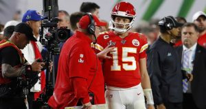 MIAMI, FLORIDA - FEBRUARY 02: Head coach Andy Reid of the Kansas City Chiefs talks to Patrick Mahomes #15 of the Kansas City Chiefs during the fourth quarter in Super Bowl LIV against the San Francisco 49ers at Hard Rock Stadium on February 02, 2020 in Miami, Florida.