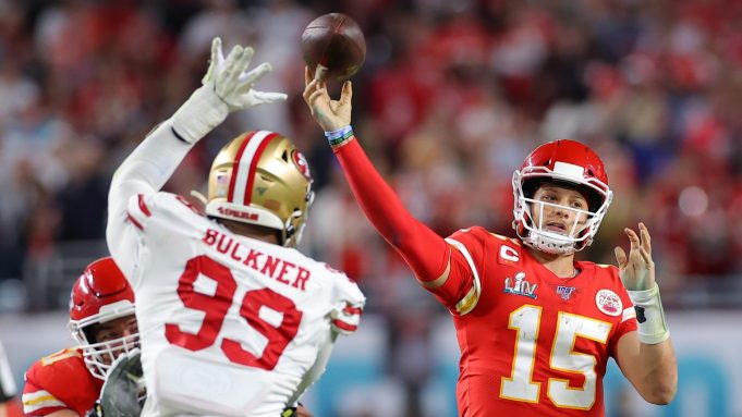 MIAMI, FLORIDA - FEBRUARY 02: Patrick Mahomes #15 of the Kansas City Chiefs throws a pass against the San Francisco 49ers during the fourth quarter in Super Bowl LIV at Hard Rock Stadium on February 02, 2020 in Miami, Florida.