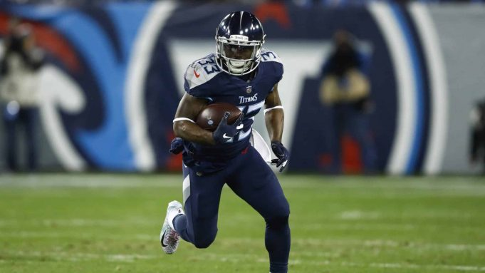 NASHVILLE, TN - DECEMBER 6: Dion Lewis #33 of the Tennessee Titans runs with the ball against the Jacksonville Jaguars during the first quarter at Nissan Stadium on December 6, 2018 in Nashville, Tennessee.
