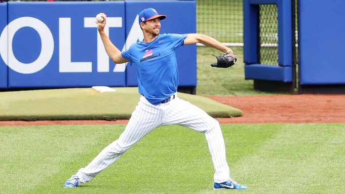 NEW YORK, NEW YORK - JULY 03: Jacob deGrom #48 of the New York Mets throws pitches in the outfield during Major League Baseball Summer Training restart at Citi Field on July 03, 2020 in New York City.