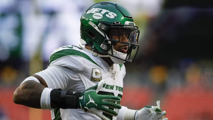 LANDOVER, MD - NOVEMBER 17: Jamal Adams #33 of the New York Jets reacts to a play during the second half of the game against the Washington Redskins at FedExField on November 17, 2019 in Landover, Maryland.
