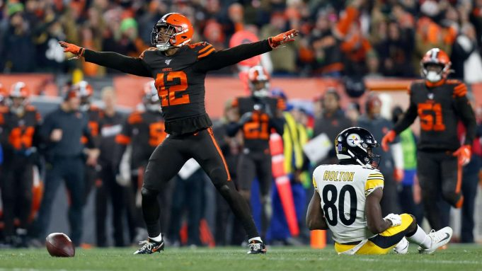 CLEVELAND, OH - NOVEMBER 14: Morgan Burnett #42 of the Cleveland Browns celebrates after breaking up a pass intended for Johnny Holton #80 of the Pittsburgh Steelers during the second quarter at FirstEnergy Stadium on November 14, 2019 in Cleveland, Ohio.