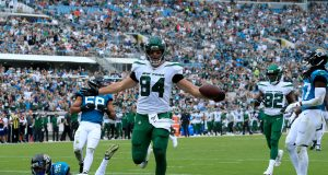 JACKSONVILLE, FLORIDA - OCTOBER 27: Ryan Griffin #84 of the New York Jets runs for a touchdown during the game against the Jacksonville Jaguars at TIAA Bank Field on October 27, 2019 in Jacksonville, Florida.