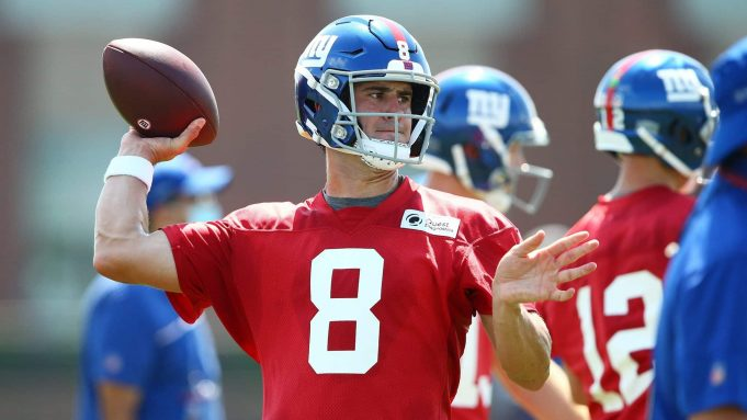 EAST RUTHERFORD, NEW JERSEY - AUGUST 23: Daniel Jones #8 of the New York Giants runs drills at NY Giants Quest Diagnostics Training Center on August 23, 2020 in East Rutherford, New Jersey.