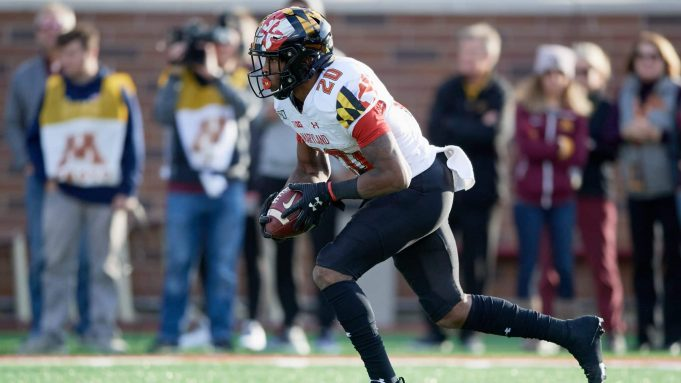 MINNEAPOLIS, MINNESOTA - OCTOBER 26: Javon Leake #20 of the Maryland Terrapins carries the ball against the Minnesota Gophers during the game at TCF Bank Stadium on October 26, 2019 in Minneapolis, Minnesota. The Gophers defeated the Terrapins 52-10.