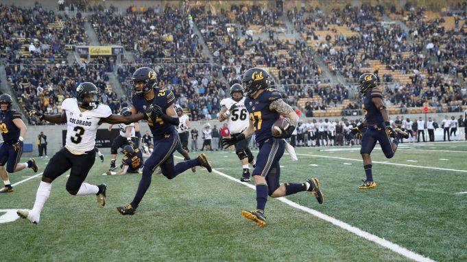 BERKELEY, CA - NOVEMBER 24: Ashtyn Davis #27 of the California Golden Bears returns an interception for a touchdown against the Colorado Buffaloes at California Memorial Stadium on November 24, 2018 in Berkeley, California. New York Jets
