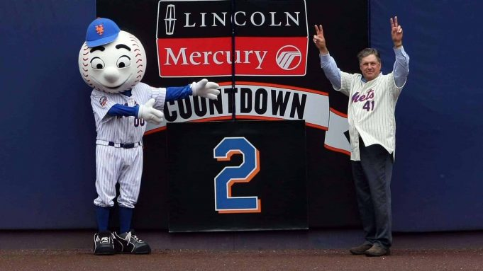 NEW YORK - SEPTEMBER 28: Former New York Mets pitcher Tom Seaver (right) with Mets mascot Mr. Met removing the last countdown number before the last regular season baseball game ever played in Shea Stadium featuring the New York Mets and the Florida Marlins on September 28, 2008 in the Flushing neighborhood of the Queens borough of New York City. The Mets plan to start next season at their new stadium Citi Field after playing in Shea for over 44 years.